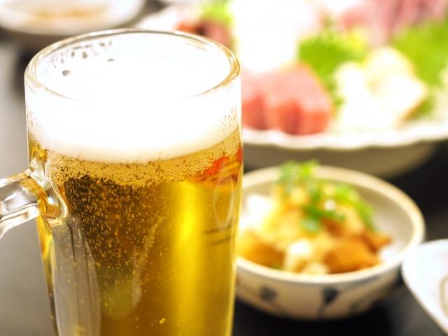アルコール度数の高いのを少し飲む